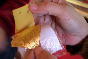 myanmar-gold-leaf