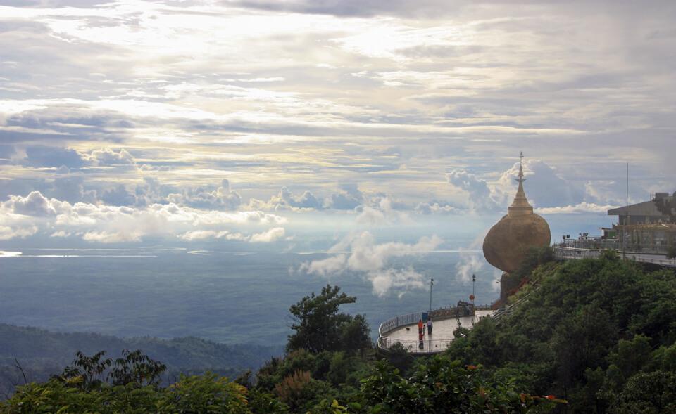 The atmosphere around Kyaiktiyo Mountain