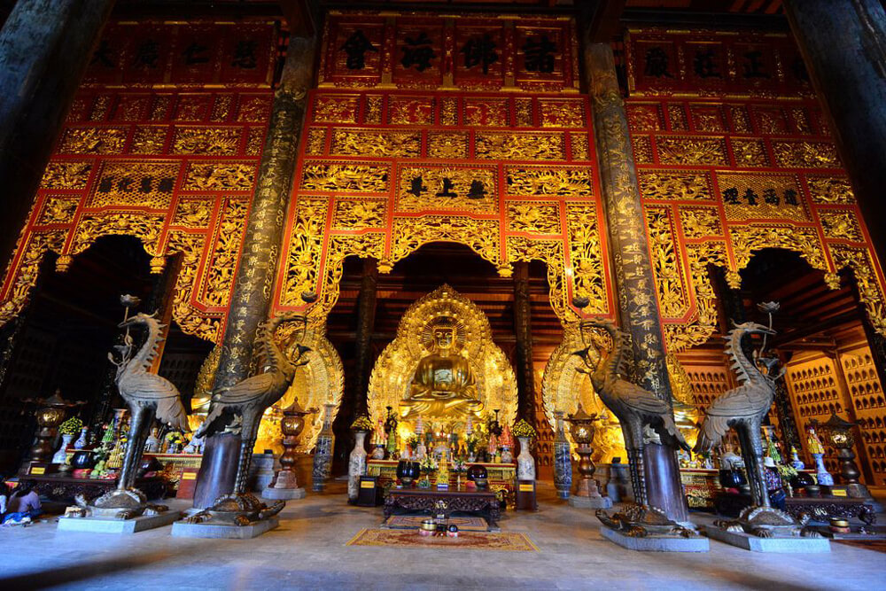 Explore the Temple has the most beautiful architecture in Southeast Asia