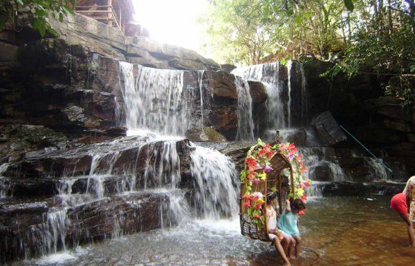 Kbal Chhay Waterfall,Kbal Chhay Waterfall travel,Kbal Chhay Waterfall tours