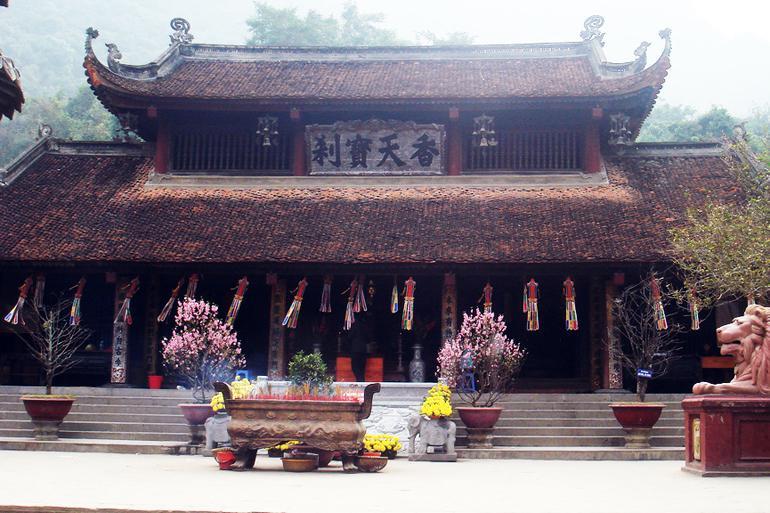 The Perfume Pagoda (Danh Thang Chua Huong)