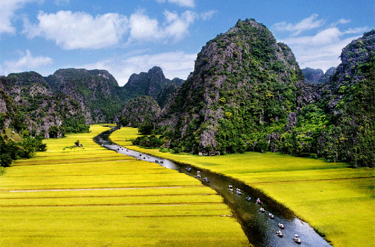 Explore the Home of Kong Skull Island 7 Days in Hanoi visit