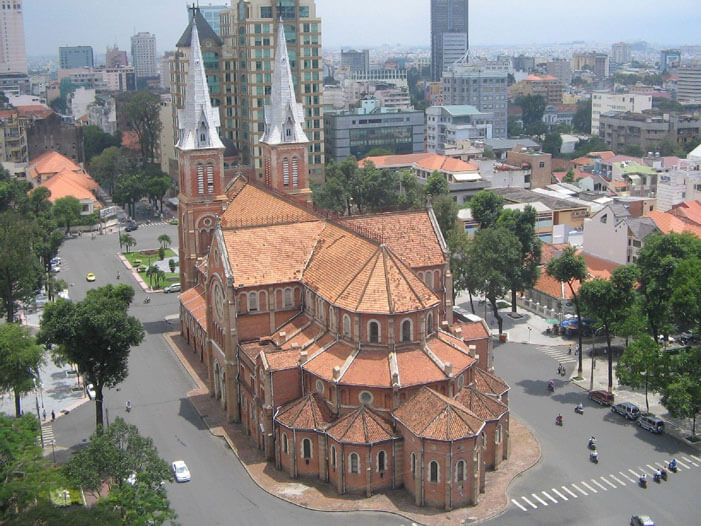 Ho Chi Minh Tours – Explore Notre-Dame Cathedral Basilica of Saigon