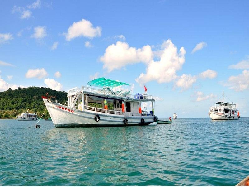 9-reasons-why-we-should-visit-Nam-Du-island5