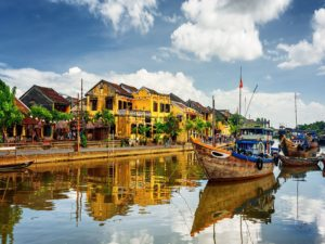 Let's make a memorable adventure in Vietnam