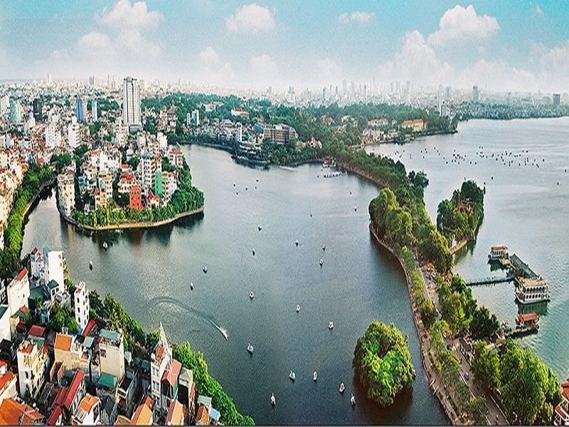 Famous-lakes-of-Vietnam4