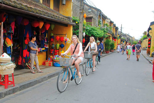 Top-4-amazing-travel-experiences-from-Vietnam-tours-reviews-4
