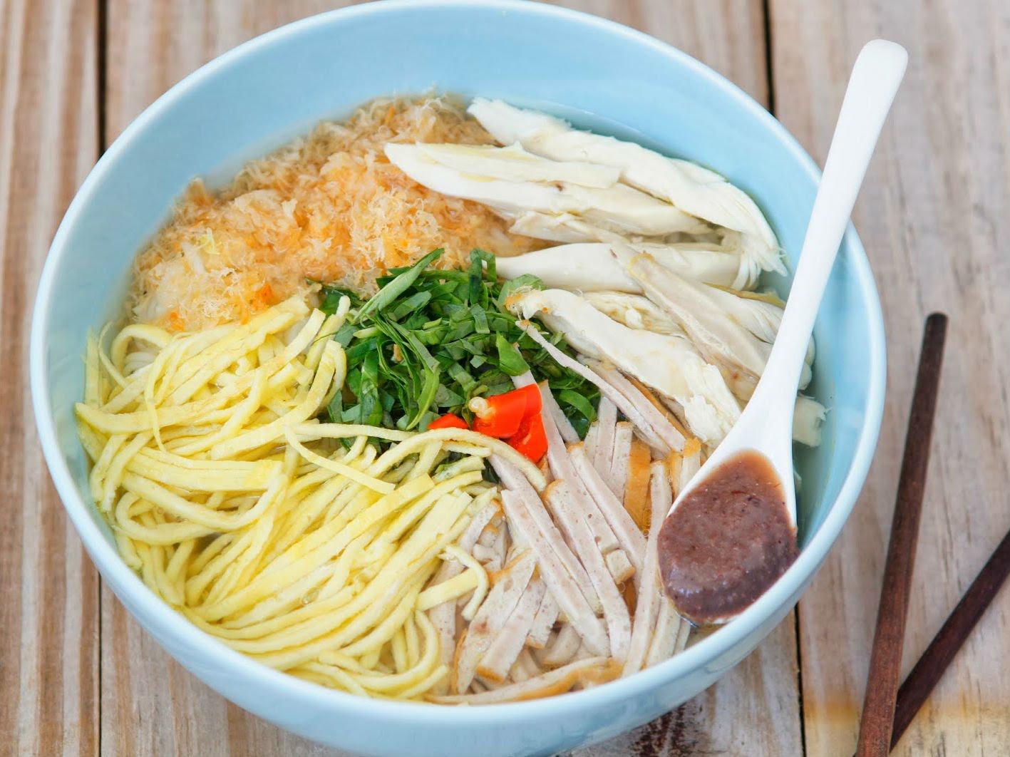 The-diversity-of-Hanoi-cuisine-3
