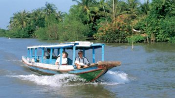 Share experience MeKong Delta tours full day by speedboat