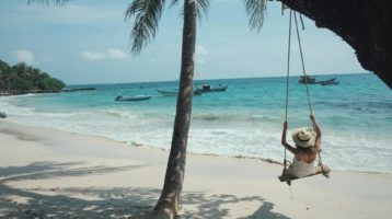 Beautiful beaches you can not miss in Vietnam tours, Hoi An tours
