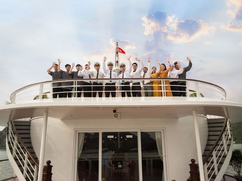 Mon Cheri Cruises Halong Bay, Free Airport Transfer , Save Up to 40% Off