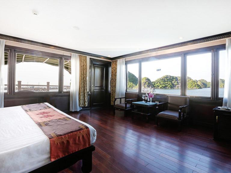 Starlight Cruise,Starlight Cruise on Halong bay, Cruises on Bai Tu Long Bay