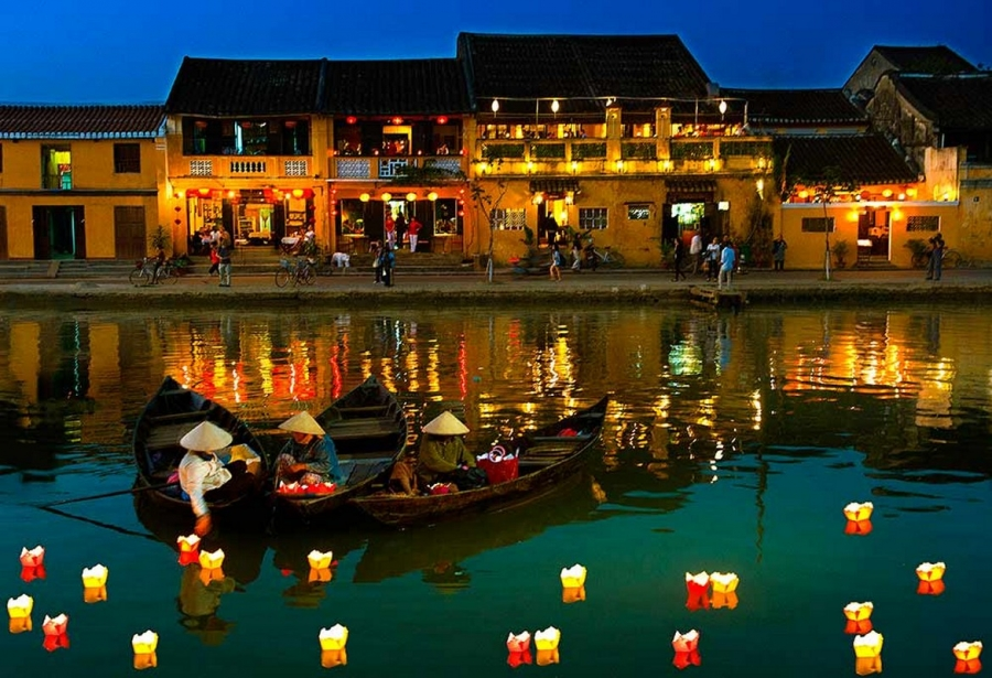 special features of Hoi An ancient town