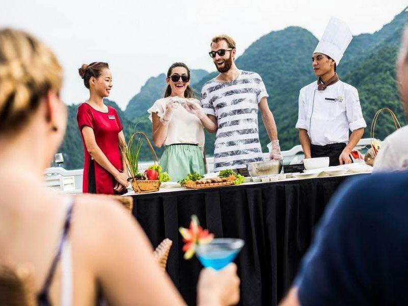 Au Co Cruise Halong,Cruises on Halong bay, Halong bay tours