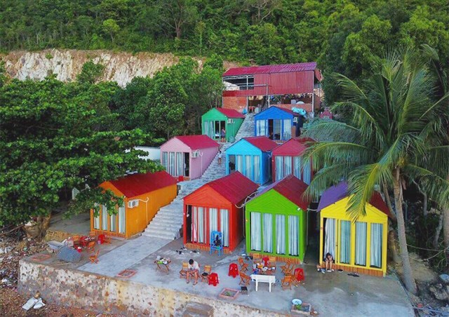 Homestay rainbow beautiful sea view in Nam Du