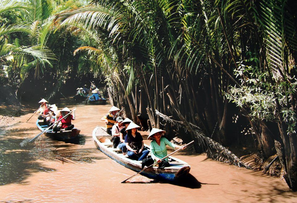Mekong Delta tours, visitors will experience some fascinating games