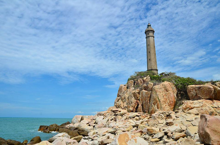 Nam Du lighthouse where you definitely have to come