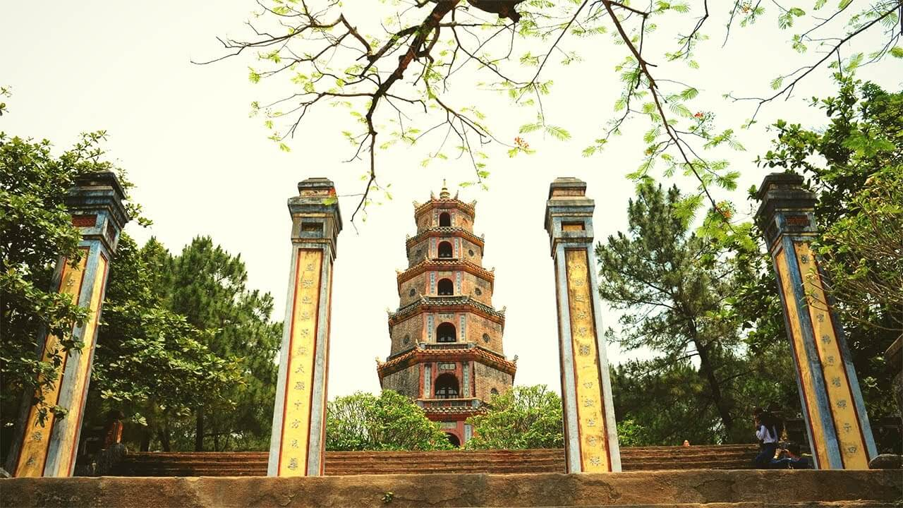 Thien Mu Pagoda is considered the most beautiful ancient temple in Hue
