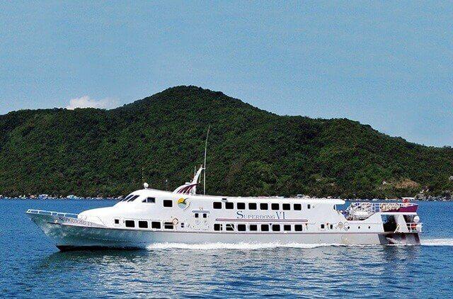 Speedboat to Nam Du Island