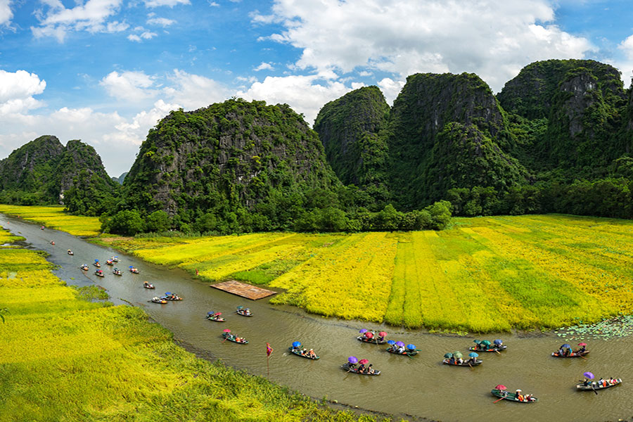 Things to do in Ninh Binh. Places to Visit in Ninh Binh. Best Time to Visit Ninh Binh